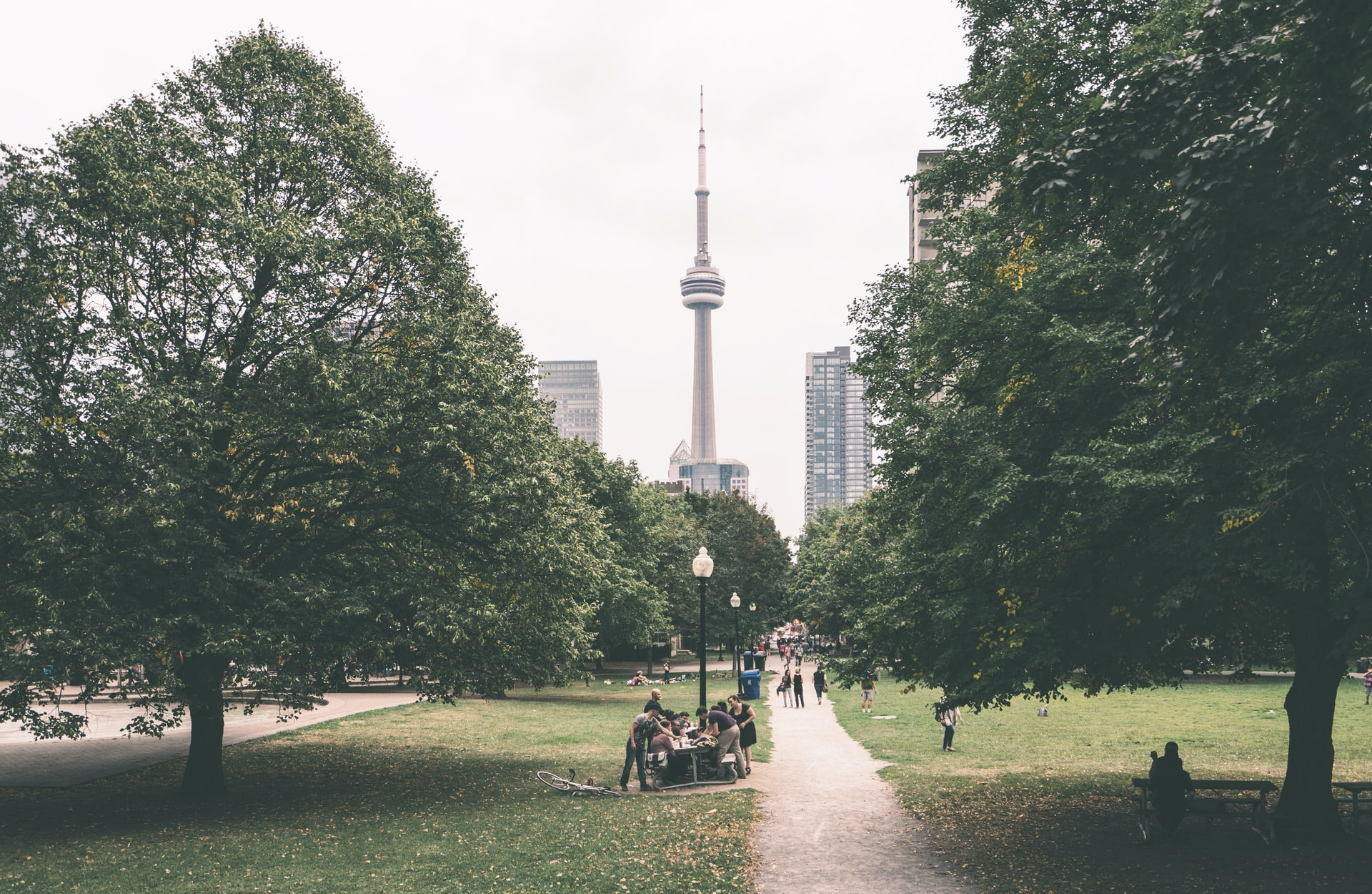 7 Best Outdoor Spaces in Toronto to Explore