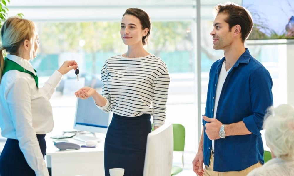 5 Benefits of Extended Stays for Young Professionals